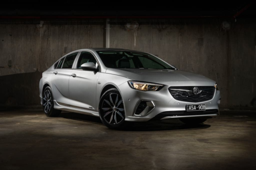 2018 Holden Commodore RS V6 AWD Review : Quick Spin