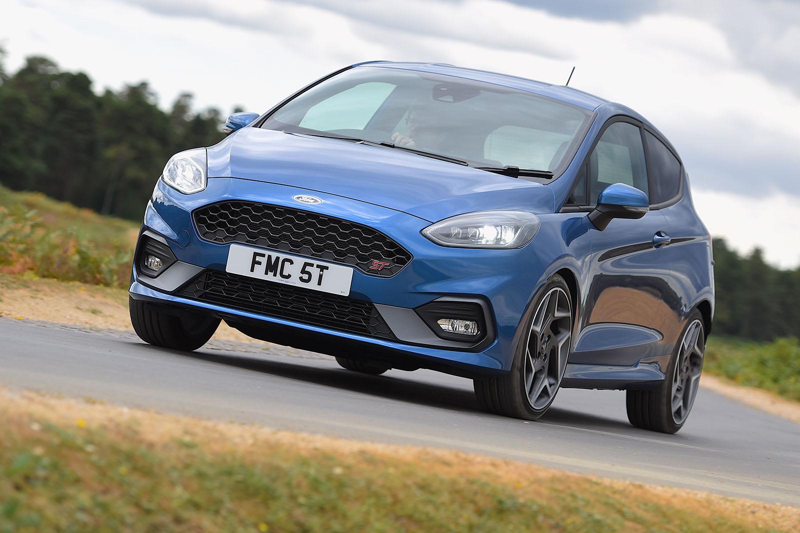New Ford Fiesta ST vs new Volkswagen Polo GTI Comparison