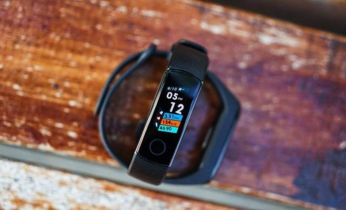 HUAWEI Honor Band 4 Review