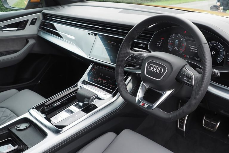 145856-cars-review-interior-image1-rwjvntol8g
