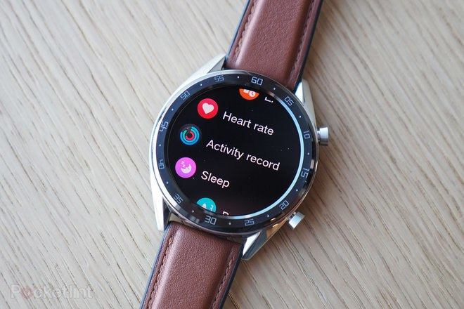 146016-smartwatches-review-hands-on-huawei-watch-gt-review-image1-lbc5hlqfrr