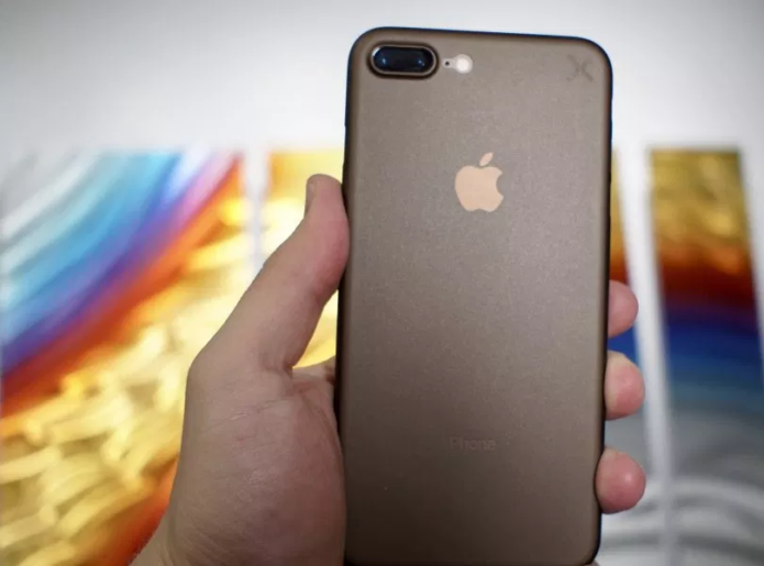 5 Reasons to Wait for the 2019 iPhone & 6 Reasons Not To