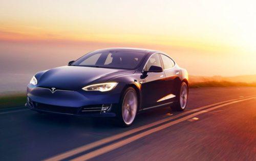 Tesla v9.0 released: Dash Cam & more, but big Autopilot upgrade delayed