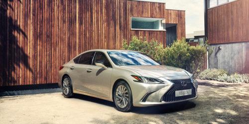 2019 Lexus ES 300H Review