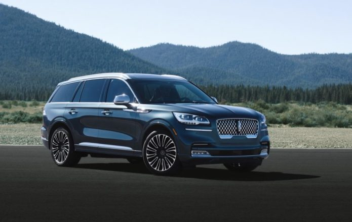 2020 Lincoln Aviator makes sleek luxe SUV a plug-in hybrid