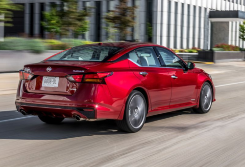 The New 2019 Nissan Altima 2.0T Is Packing Heat