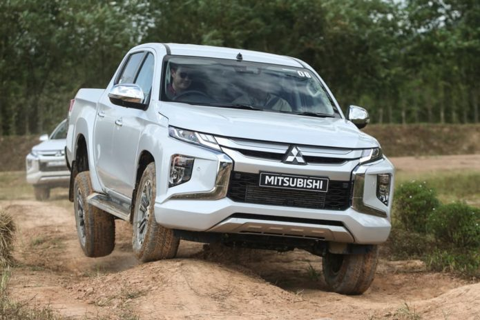 2019 Mitsubishi Triton Review — International