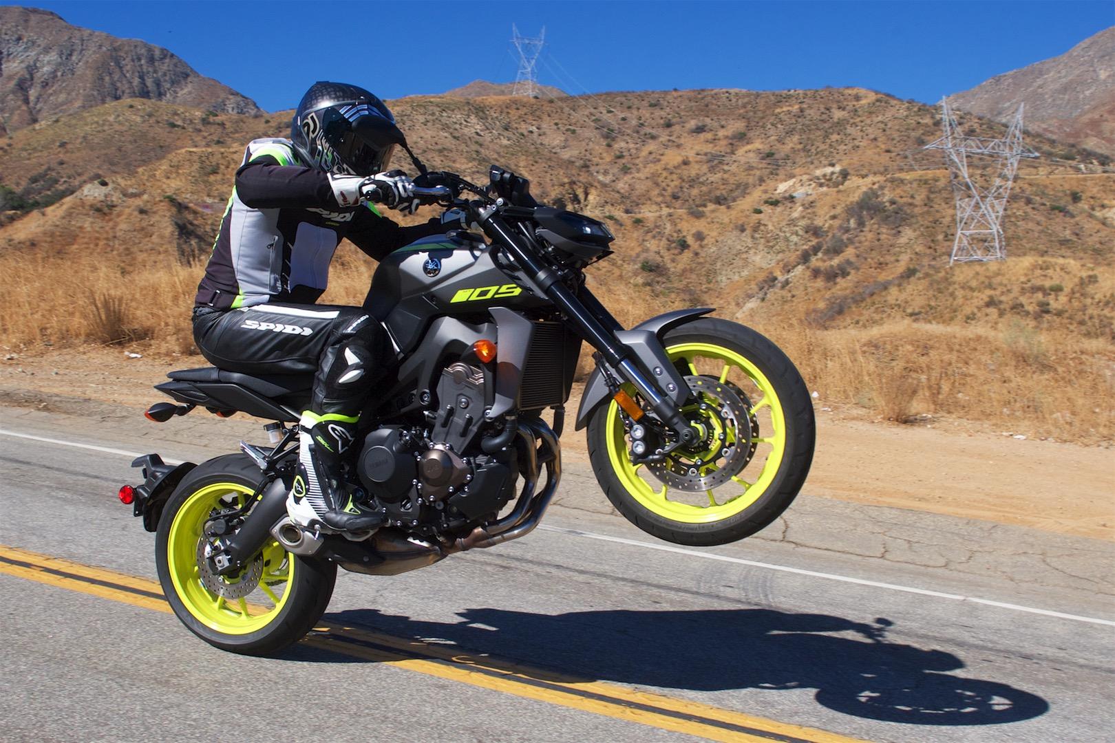 YAMAHA MT-09 SP 2018 850 cm3 | moto roadster | 6 600 km