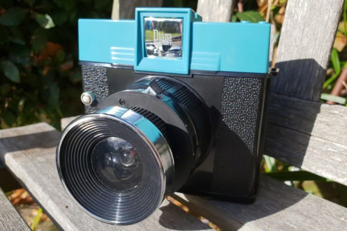 Lomography Diana Instant Square Review Gearopen