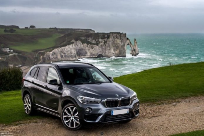 2019-BMW-X1-rear