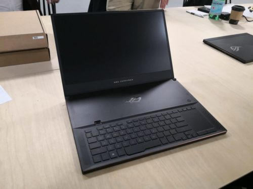 Asus ROG Zephyrus S GX701 first look