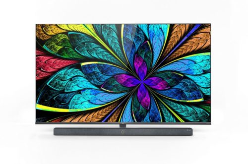 TCL shows off its AI powered X10 QLED 8K TV at CES