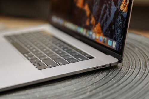 What Is Flexgate? MacBook Pros Have a New Problem