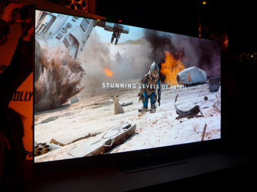 """Panasonic GZ2000 hands-on review : Panasonic's debuts the """"world's most cinematic TV"""""""
