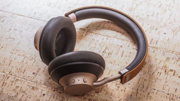 06-heyday-wireless-on-ear-headphones06-heyday-wireless-on-ear-headphones