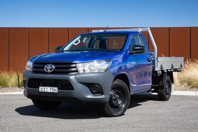 2019 Toyota HiLux Workmate 4x2 cab/chassis Review : Road Test