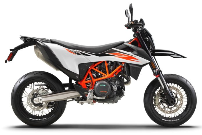 2019 KTM 690 SMC R First Look: Supermoto Returns! (13 Fast Facts)