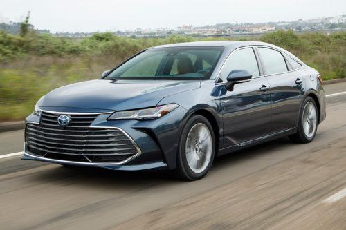 2019 Toyota Avalon Hybrid Review