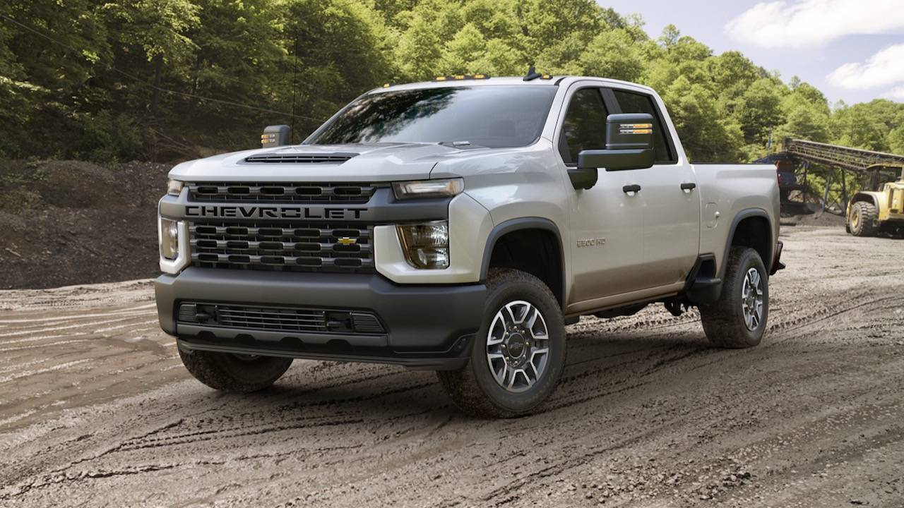 2020 Chevrolet Silverado HD is a 35,500 pound tow monster | GearOpen