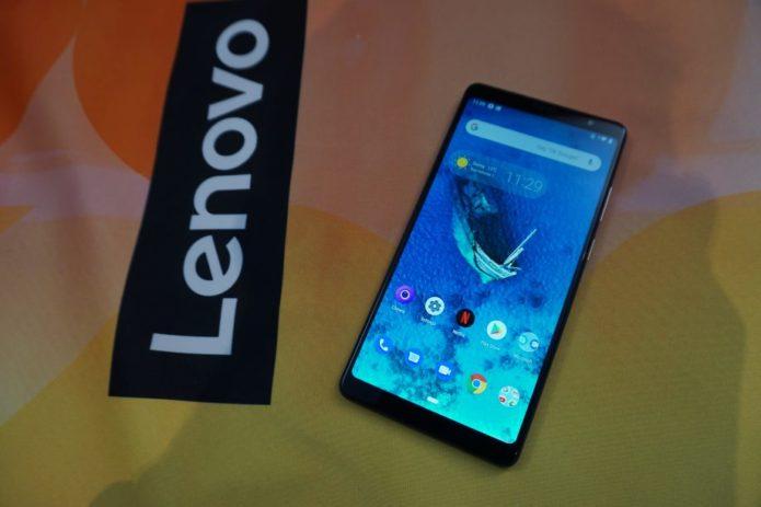 Lenovo-Tab-V7-screen-920x613