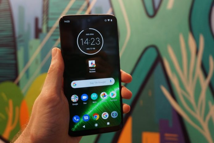 Moto G7 vs Moto G7 Plus: Save or splash out?