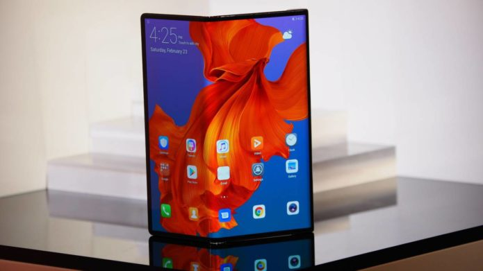 Huawei Mate X revealed: 5G foldable phone looks stunning