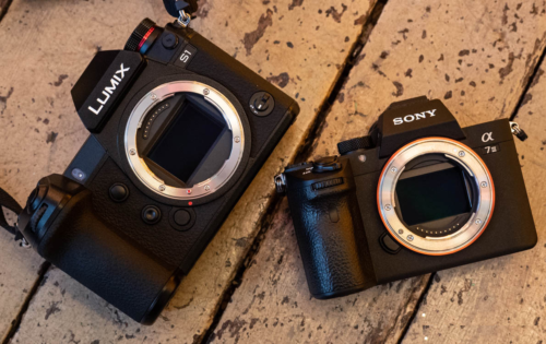 Panasonic Lumix S1 vs Sony A7 III – The 10 Main Differences