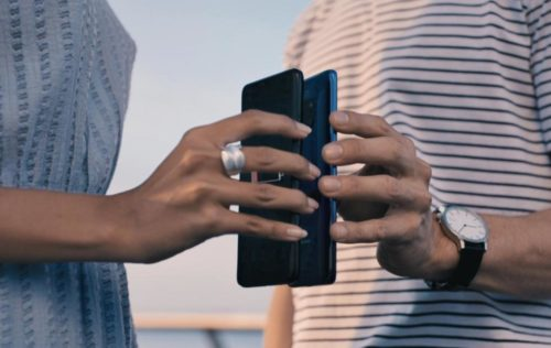 Hands on: How to use Wireless PowerShare on the Galaxy S10 to charge another phone