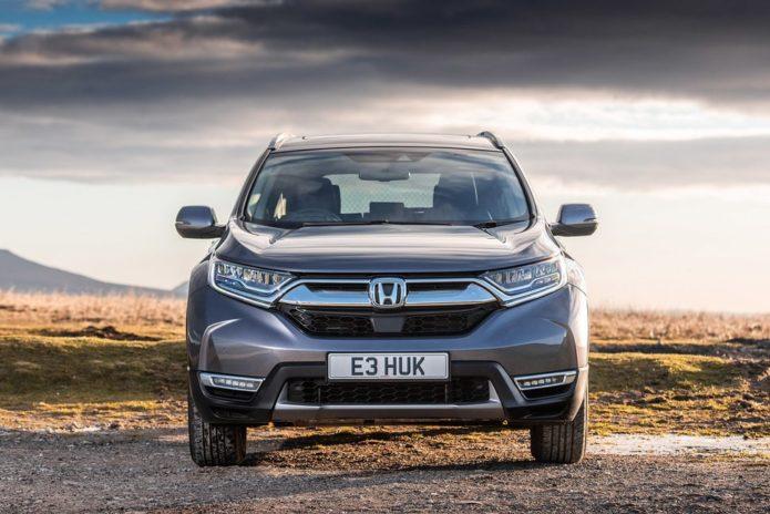 147450-cars-review-honda-cr-v-hybrid-review-lead-image1-2tevccqksn