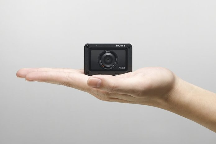 147570-cameras-news-sony-rx0-ii-action-camera-is-tiny-and-light-but-still-4k-ready-image1-amkwscjy9x