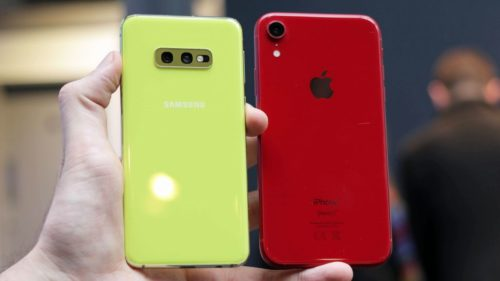 Samsung Galaxy S10e vs iPhone XR: battle of the cheaper champions
