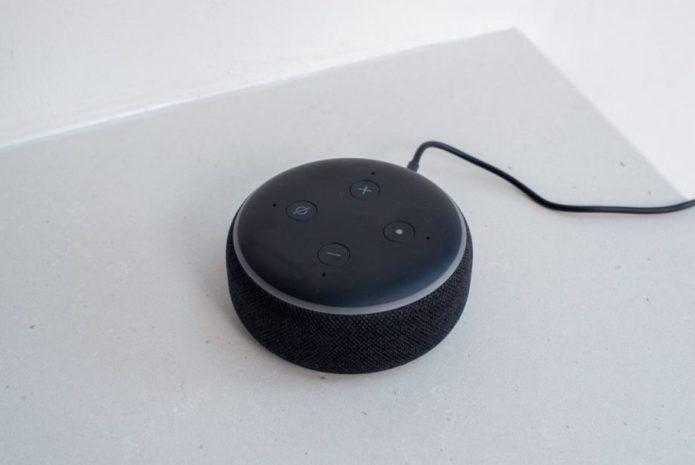 Amazon-Echo-Dot-3rd-Gen-1-1220x815-920x615