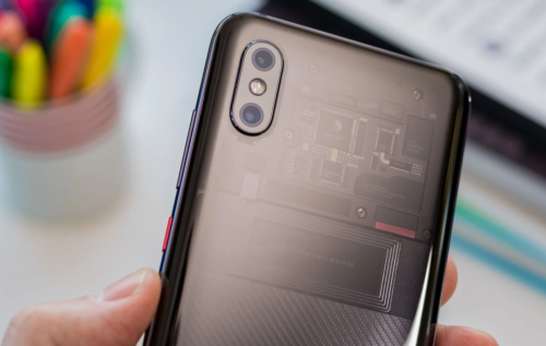 Choosing a Smartphone in 2019: Apple vs. Xiaomi
