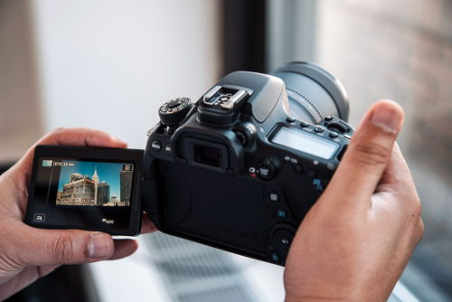 2019 Buying Guide: Best cameras under $1500 – Updated: March 2019