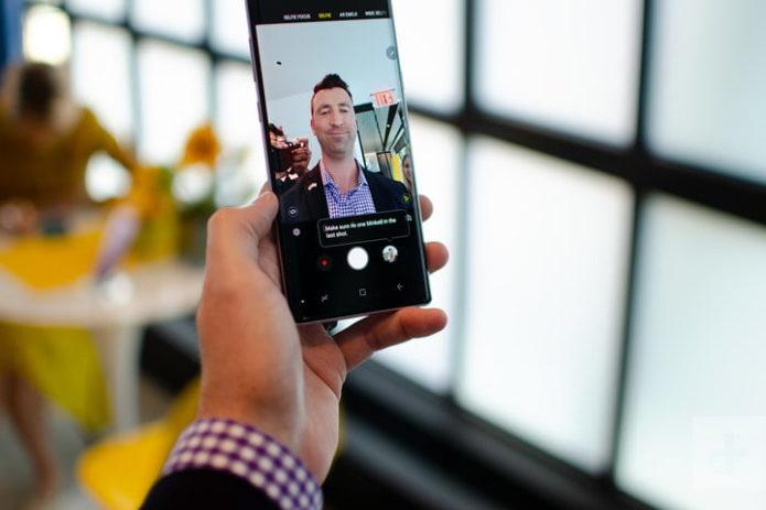 galaxy-note-9-hands-on-selfie-720x720