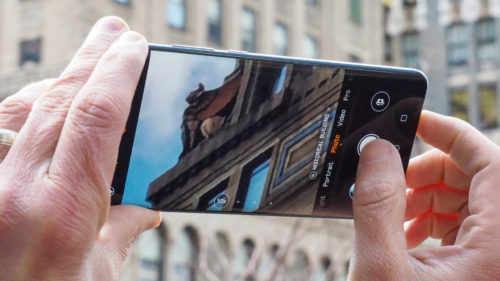 The Huawei P30 Pro's 50x Periscope Zoom Camera Looks Amazing Inside
