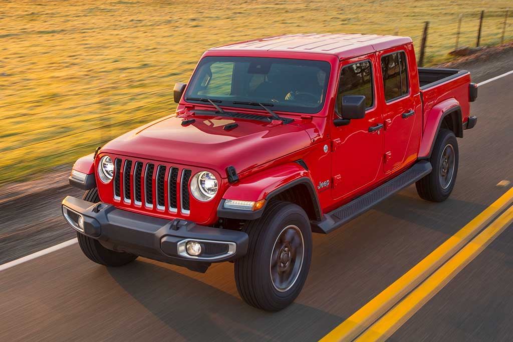 2020 Jeep Gladiator Review | GearOpen