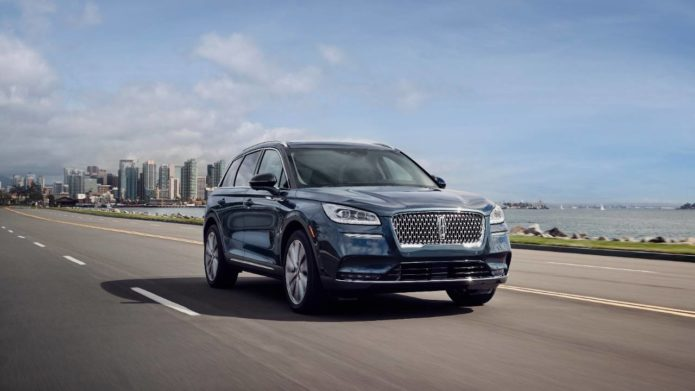 2020 Lincoln Corsair brings Navigator style to luxury crossover