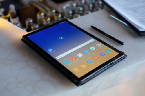 6 Best Tablets For Writers To Buying In 2019 (Apirl Updated)