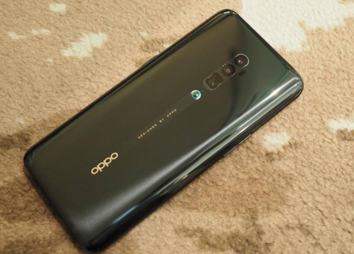 OPPO Reno first impressions: 10x zoom to challenge Huawei