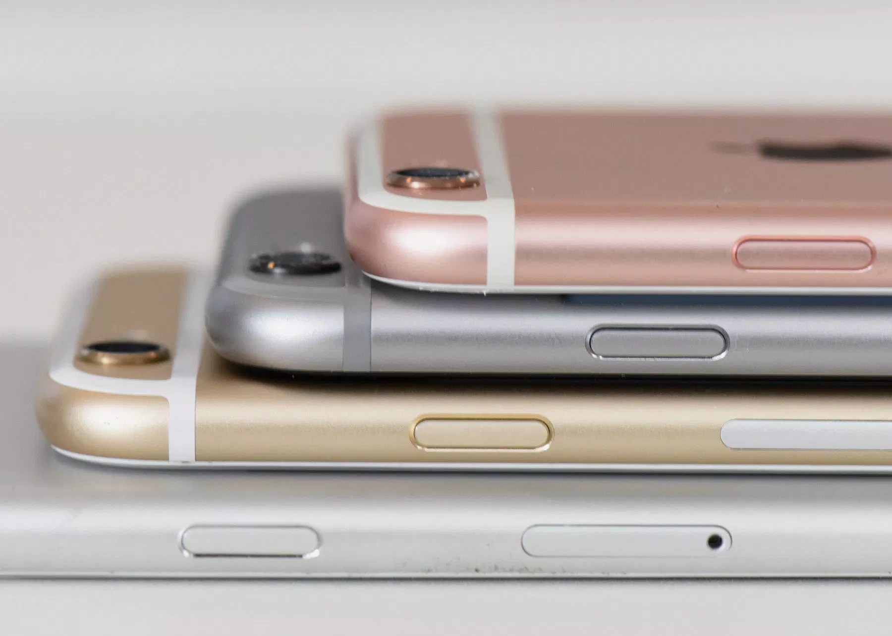 8 Things to Know About the iPhone 6s iOS 12.2 Update