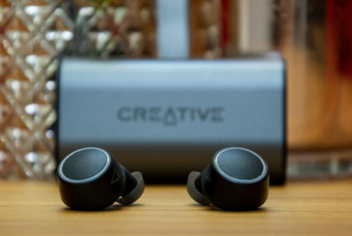Creative Outlier Air review: Jaw-dropping wireless earbuds at a great price