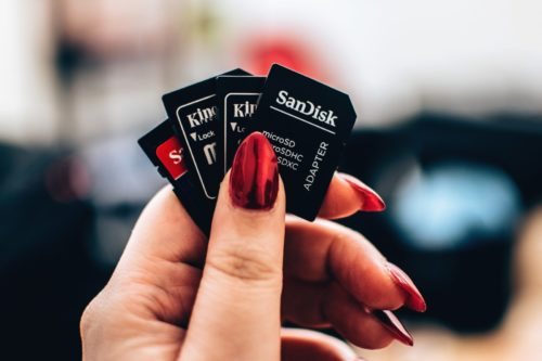 How to Spot a Fake SD Card