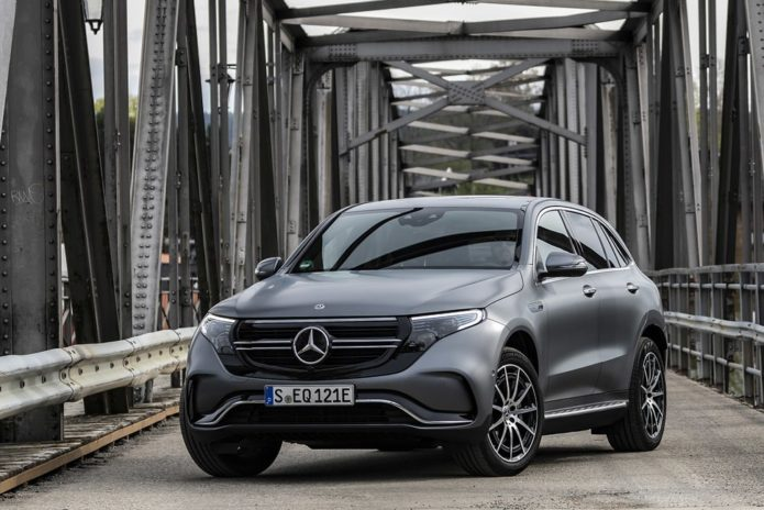 148037-cars-hands-on-mercedes-eqc-image1-2bxbvstyew