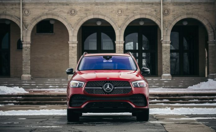 The 2020 Mercedes-Benz GLE450 Improves in Nearly Every Way