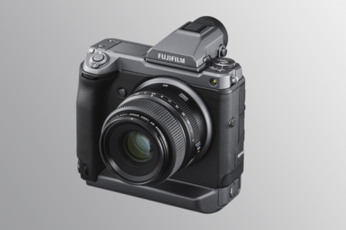 Fujifilm's GFX100 is a 102-megapixel mirrorless beast from the future