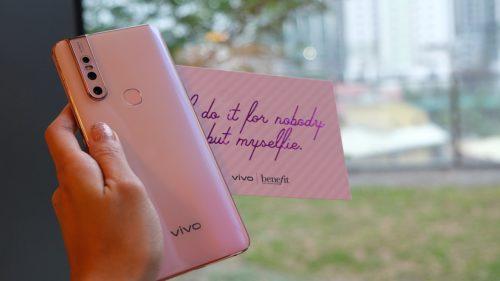 What's inside the Vivo V15 Blossom Pink package