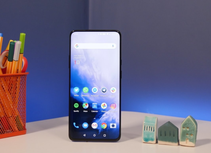 Oppo's latest phone has a key OnePlus 7 Pro feature