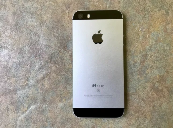 iPhone SE Problems: 5 Things Users Need to Know