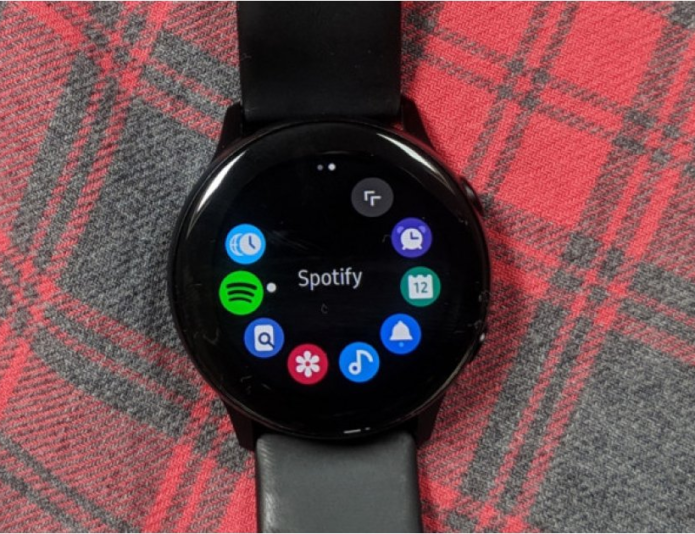 Samsung Gear smartwatches not forgotten as new Galaxy Watch features land